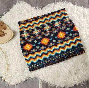 Rue 21 Sz L/XL Short Vibrant Tribal Print Skirt